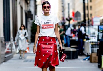 Giovanna Bataglia wearing red Saint Laurent Loulou sunglasses