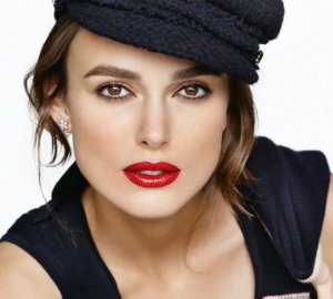 Keira Knitley wearing red lipstick