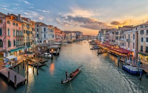 Venice is the perfect travel destination.