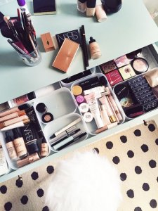 See how to organise your vanity using drawer organisers.