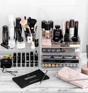 See how to organise your vanity using transparent organisers.