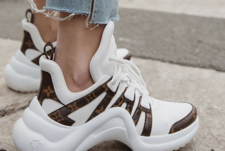 Leave it to Instagram girls to show us the trendiest sneakers at the moment.