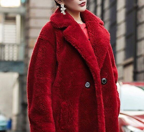 The magic of gentle touch of the teddy bear coat throws us into desire, to buy all possible lengths, colours and textures.