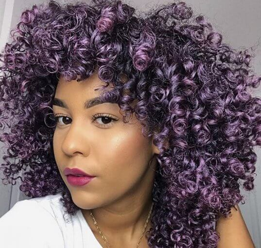 If you're heaind soon to the hair salon, you might want to try the treniest hair color of 2019, which comes in the shade of aubergine.