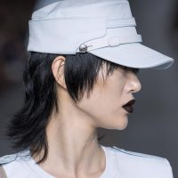 Caps and visors are one of the most preferred accessories for fans of casual looks